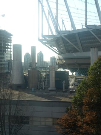 YWCA Hotel Vancouver: View from room of BC Place