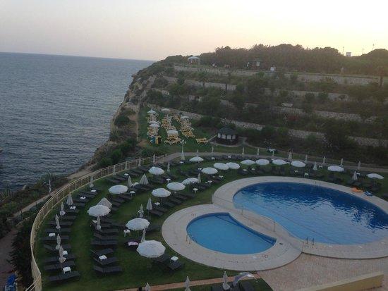 Hotel Carvoeiro Sol : Vista da piscina