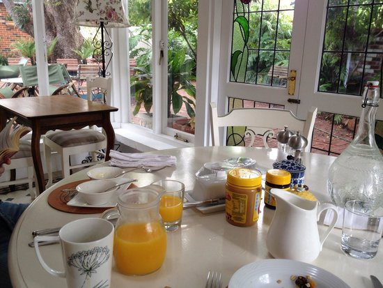 Durack House Bed & Breakfast : Breakfast was lovely and peaceful