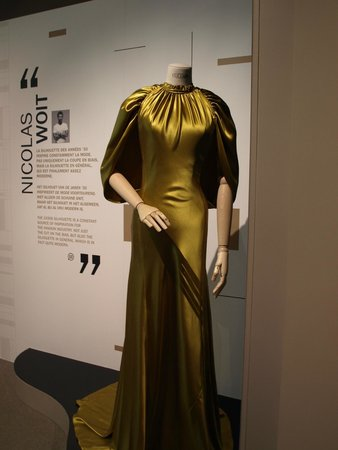 Museum of Costume and Lace: Dress in the exhibit