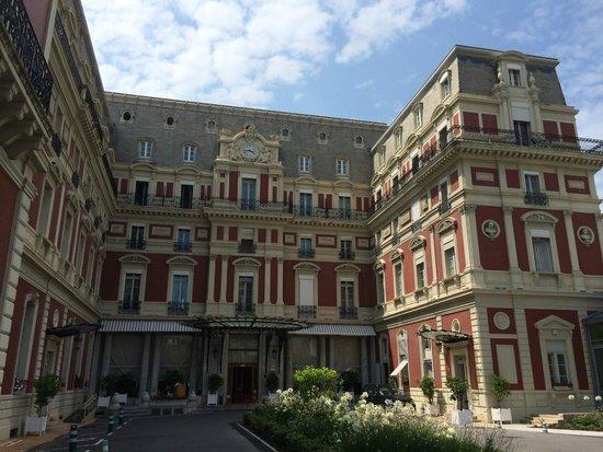 Hôtel du Palais : Hotel entrance