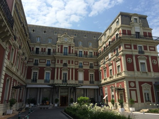 Hotel du Palais: Hotel entrance