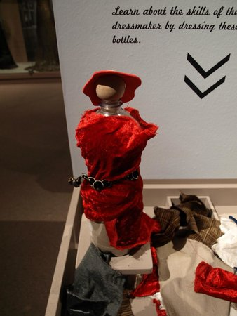 Museum of Costume and Lace: Dressing wooden figurines