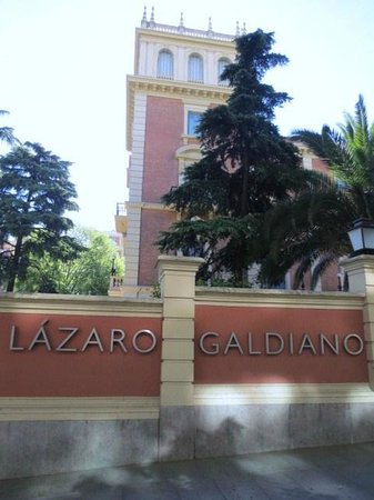 Museo Lazaro Galdiano : 正面