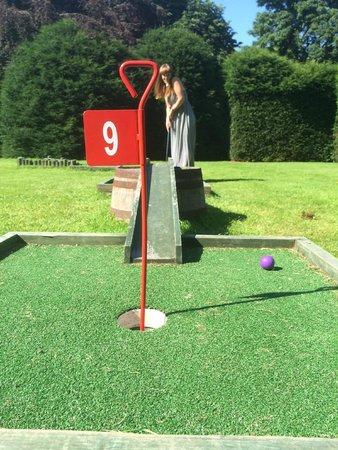 Redworth Hall Hotel: Little bit of crazy golf in the gardens