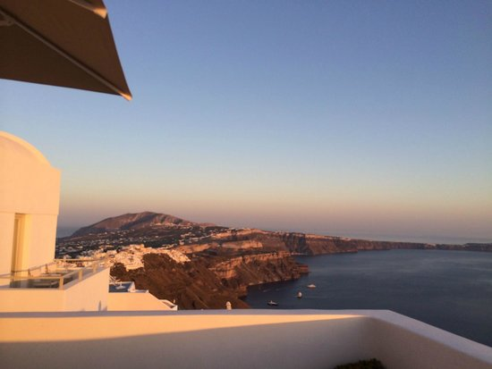 Irida Santorini: Desde la terraza
