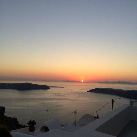 Irida Santorini: Atardecer