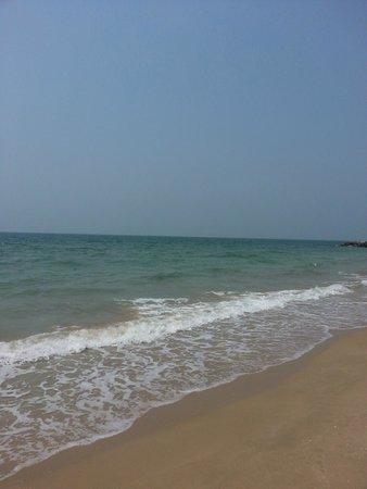Hilton Ras Al Khaimah Resort & Spa: sea, beach area