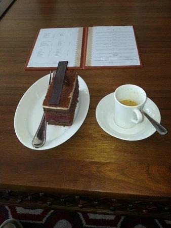 Hilton Ras Al Khaimah Resort & Spa: just a coffe