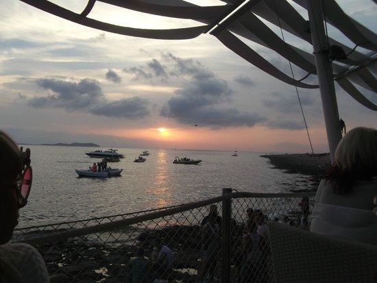 Cafe Mambo: sunset