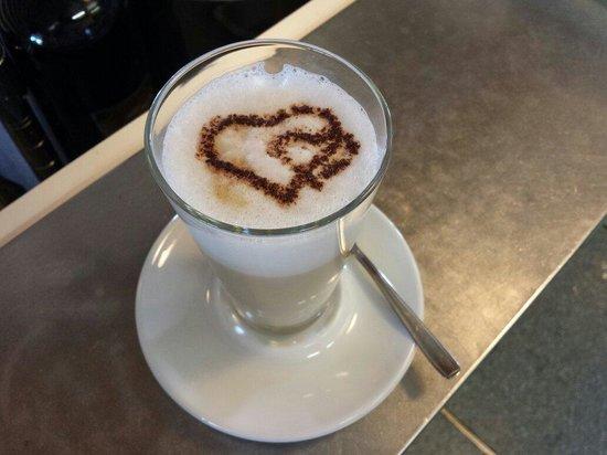 Chalet Panarotta: Latte macchiato