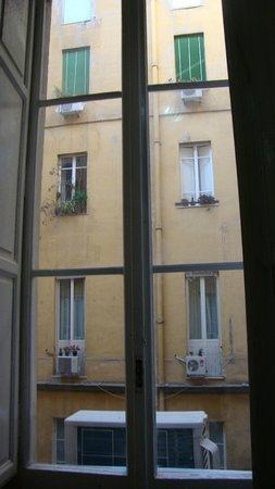 Hotel Roma Mansion: Вид из окна нашего номера