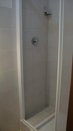 Hotel Roma Mansion: Ванная