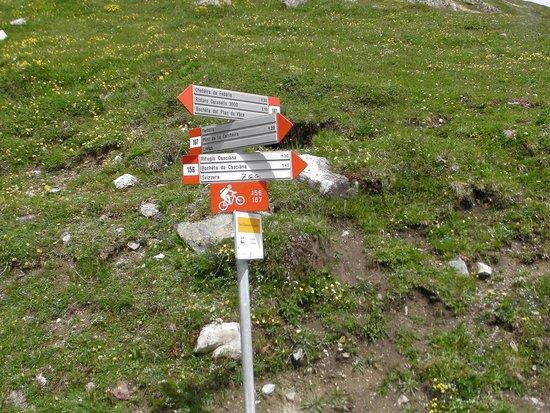 Carosello 3000 - Ski Area Livigno : crossroads to the cottage Casanna
