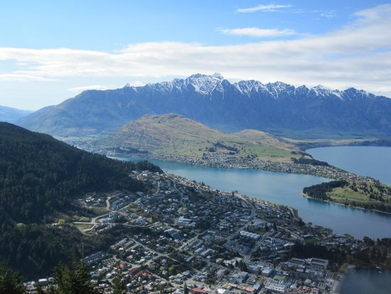 Queenstown Skyline – Gondel & Sommerrodelbahn: View over Lake Wakatipu