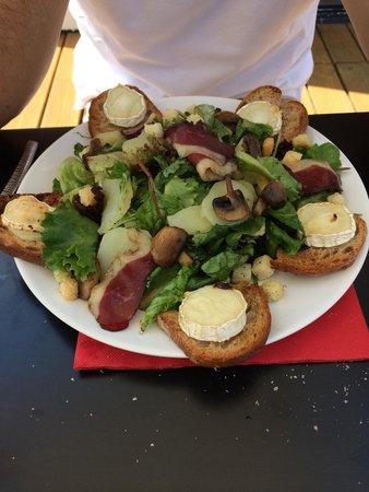 Restaurant Chat Noir Chat Blanc La Chapelle Saint Mesmin