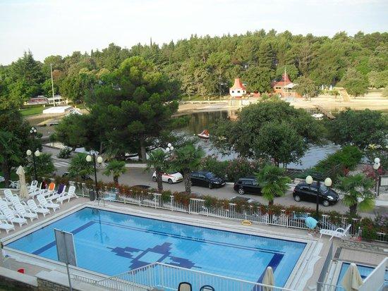 Hotel Zorna: kilátás