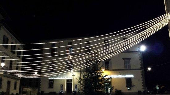 Roseo Euroterme Wellness Resort: Bagno di Romagna luci natalizie