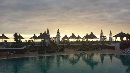 Flamingo Beach Mate : Vista della piscina