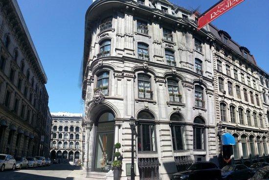 Hotel Gault: Front
