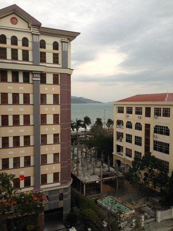 Michelia Hotel : Вид из окна с 6 этажа