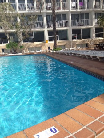 Ibiza Rocks Hotel: Quite pool area