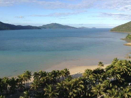 Whitsunday Apartments Hamilton Island: view from apartment. all have similar view