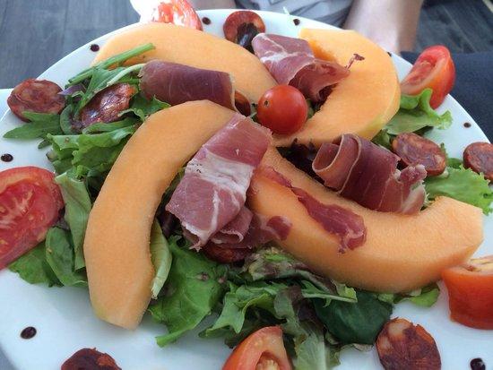 Brasserie du Roc: Salade estivale du menu à 24€ Très très bonne, produits très frais !
