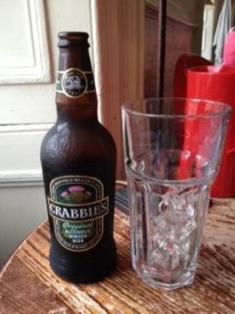 The Dogs : Crabbie's ginger beer