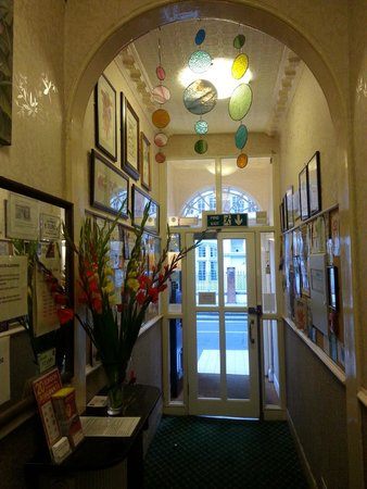 St. Athans Hotel: Entrance