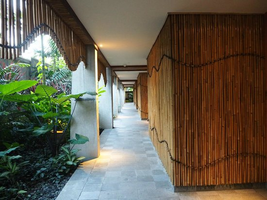 Alaya Resort Ubud: 过道