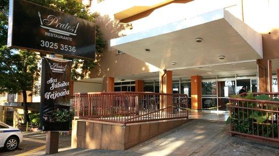 Luz Hotel: Pratos Restaurante