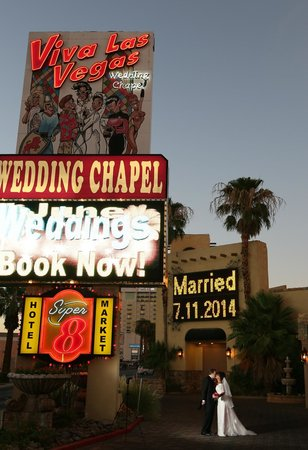 Scenic Las Vegas Weddings Chapel: After our wedding ceremony.