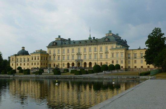 Drottningholm Palace: Palace Building