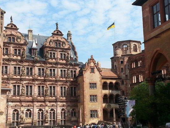 Schloss Heidelberg: castle exterior