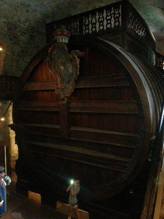 Schloss Heidelberg: largest wine barrel in the world