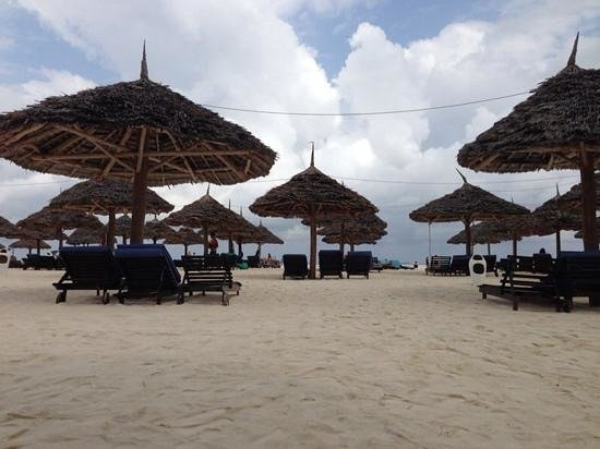 Eden Village Kendwa Beach Resort: la spiaggia