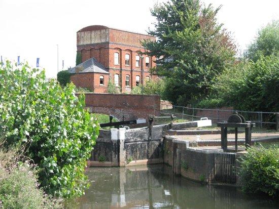 Somerset Towpath: Firepool Lock at Taunton