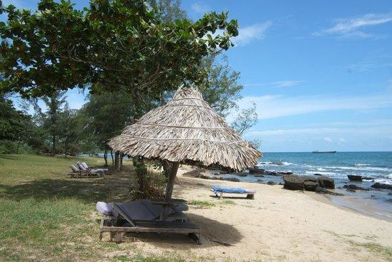 Mango Bay Resort : Beach