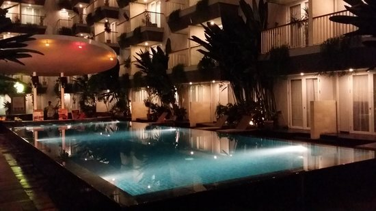 EDEN Hotel Kuta Bali - Managed by Tauzia: Pool View