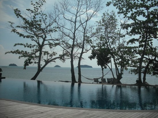The Chill Resort & Spa, Koh Chang: The end of the pool