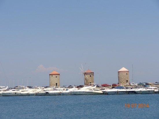 Rhodes : мельнички