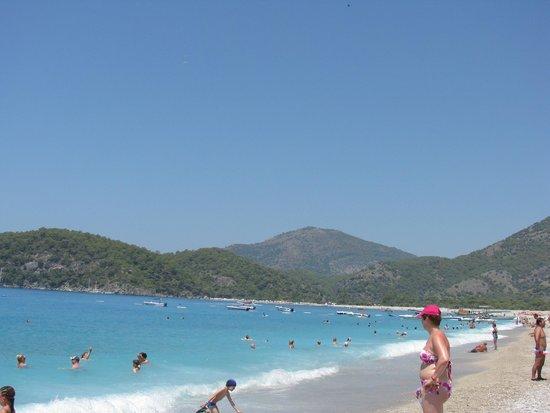 Suncity Hotel & Beach Club: Пляж