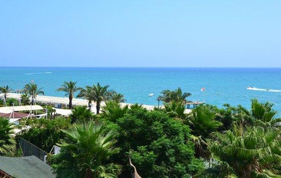 Siam Elegance Resort & Spa : jolie vue de la plage
