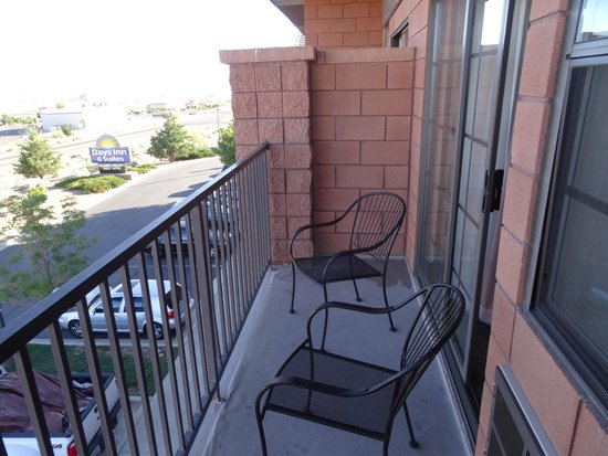 Days Inn & Suites Page Lake Powell: Our balcony