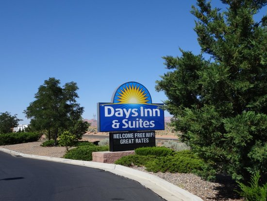 Days Inn & Suites Page Lake Powell: Entrance