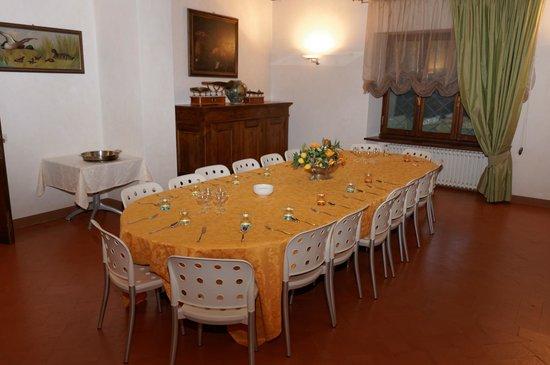 Relais Villa De Angelis : Speisesaal für kühle Abende