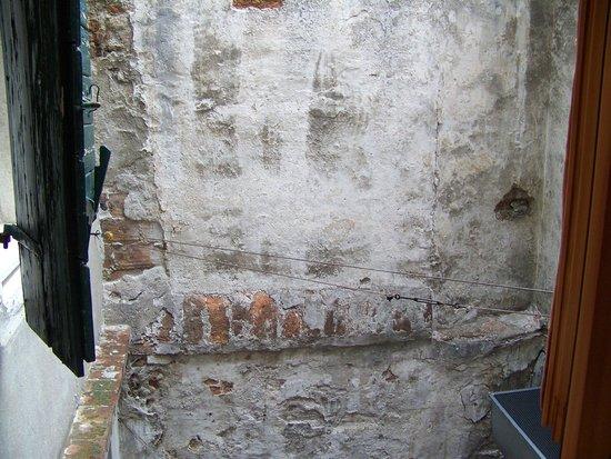 Casa Nicolo Priuli : face à la fenêtre