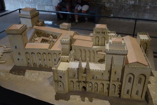 Pope's Palace (Palais des Papes): Model