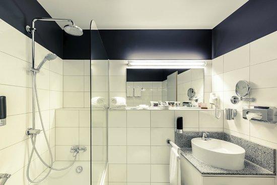 Mercure Hotel Kaiserhof Frankfurt City Center: Privilege Suite Badezimmer